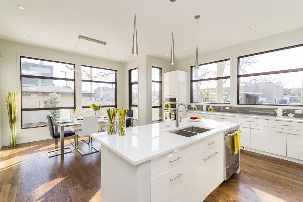 A bright beautiful new kitchen